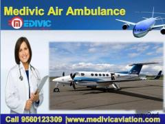 Hire Very Sufficient Amount Rate Air Ambulance from Bhopal to Delhi by Medivic