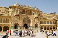 Jaipur Sightseeing Taxi is a very popular mode of Taxi Rajasthan