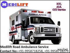 Medilift Road Ambulance Service in Delhi At a Low-Cost